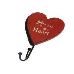 Szív alakú fa fogas 1 fém akasztóval piros