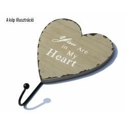 Szív alakú fa fogas 1 fém akasztóval szürke